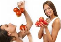 """Cà chua - """"mỹ phẩm"""" tự nhiên tuyệt vời cho làn da"""