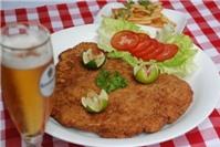 Thực đơn bữa tối: Thăn heo tẩm bột bánh mì chiên kiểu Áo
