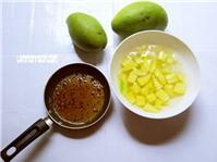 Cách làm món xoài trộn mắm siêu ngon ăn vặt cuối tuần