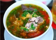 Bún riêu ốc tại nhà hàng Ốc Việt