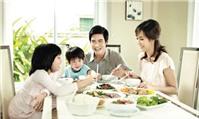 Hạnh phúc bữa cơm gia đình