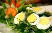 Thanh nhiệt với gỏi càng cua trộn trứng