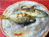 Bánh khoái cá kình chợ làng Chuồn