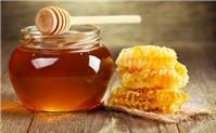 Bật mí cách làm trắng răng bằng mật ong siêu đơn giản