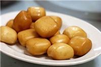 Top món ăn vặt mùa đông dưới 10.000đ ở Hà Nội