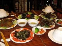 Món ăn côn trùng giá chát siêu hút khách ở Hà Nội