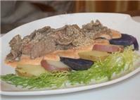 Đậm đà salad khoai tây bê thui