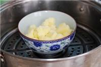 Dụ bé ăn rau với khoai tây nghiền cuộn rong biển cực ngon