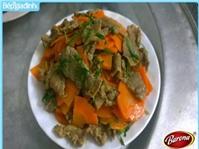 Thịt bò xào cà rốt